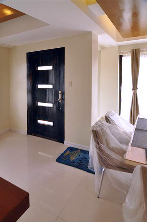Living Area Front Door – Phase 1 – Al-Khor Townhouse for Sale in San Juan